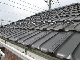 屋根の雪止め金具施工